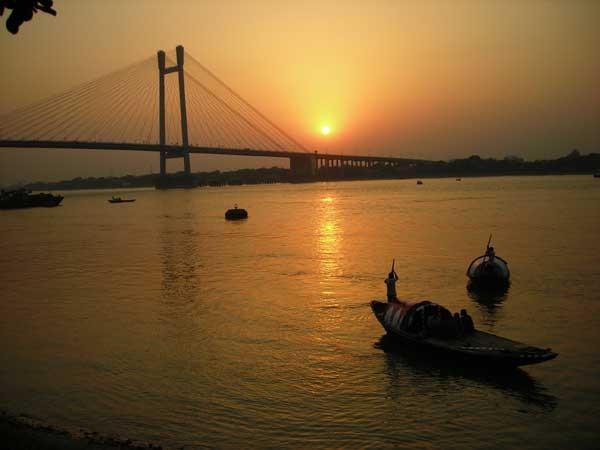 Howrah photos, Vidyasagar Setu - Rising sun