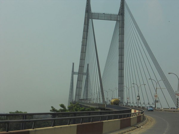 Howrah photos, Vidyasagar Setu - Winding roadways
