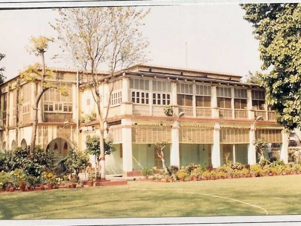 Howrah photos, Circuit house