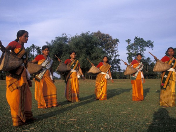Jalpaiguri photos, Folk Dancers