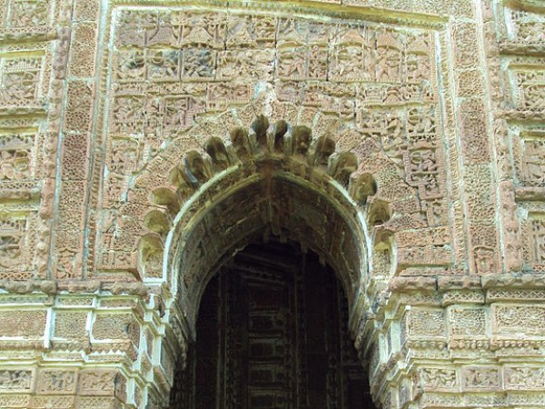 Bishnupur-West Bengal photos, Shyam Rai Temple - Arched Door