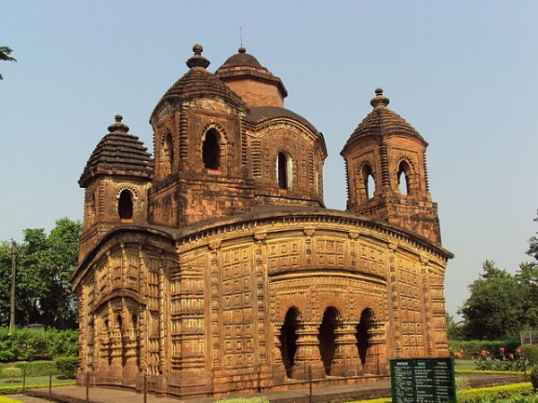 Bishnupur-West Bengal photos, Shyam Rai Temple - Complete View