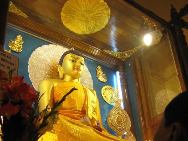 Bodh Gaya photos, Mahabodhi Temple - The Buddha Idol