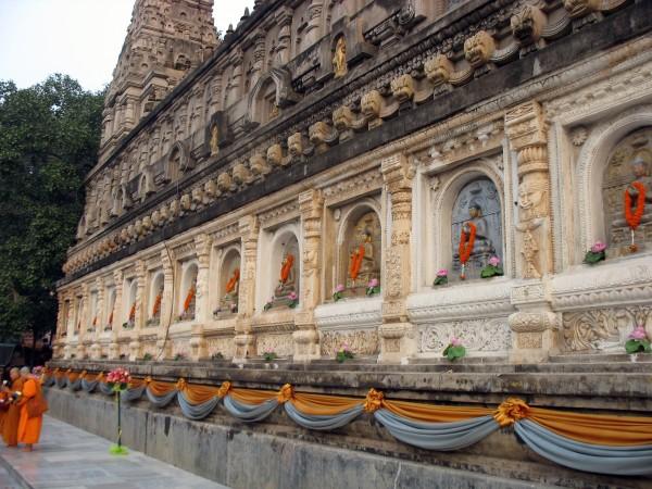 Bodh Gaya photos, Mahabodhi Temple - Carvings