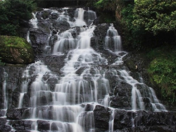 Shillong photos, Elephant Falls - Milky white