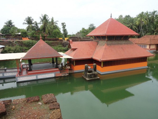 Bekal photos, Ananthapura Temple - Top View
