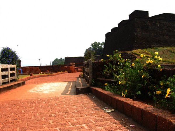 Kannur photos, Fort St. Angelo - Way