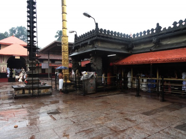 Kollur photos, Mookambika Temple - Bright and Fresh
