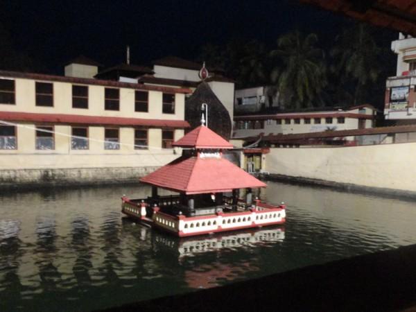 Udupi photos, Krishna Temple - Madhwa Sarovara