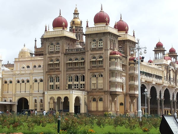 Mysore photos, Mysore Palace - Complete View of the Palace