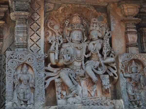 Halebid photos, Hoysaleshwara Temple - Lakshminarayana