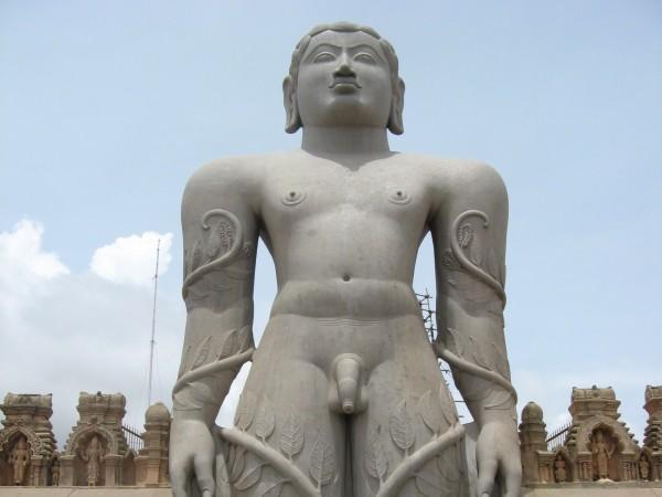 Sravanabelagola photos, Gommatesvara Statue - IMG_1273