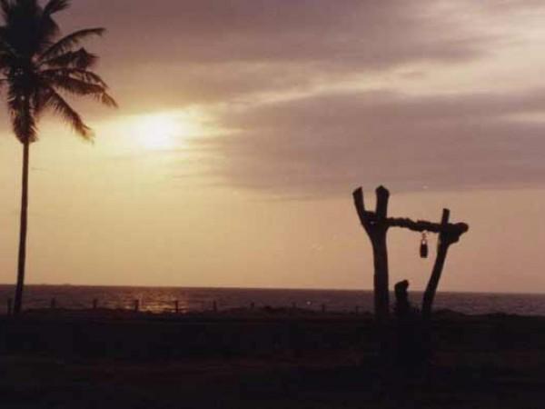 Byndoor photos, Byndoor Beach - The Sun that Hides