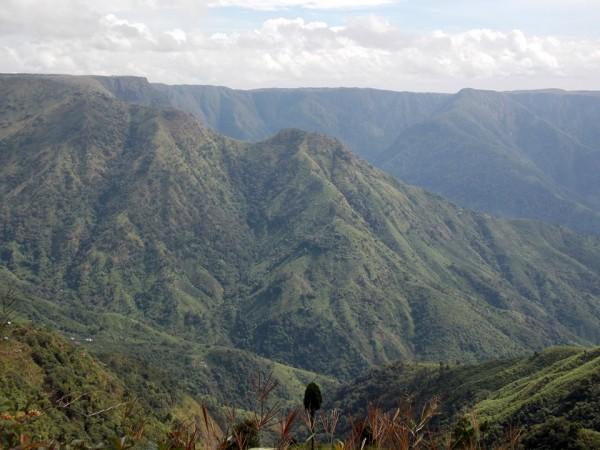 Jaintia Hills photos, Dawki - On the way to Dawki