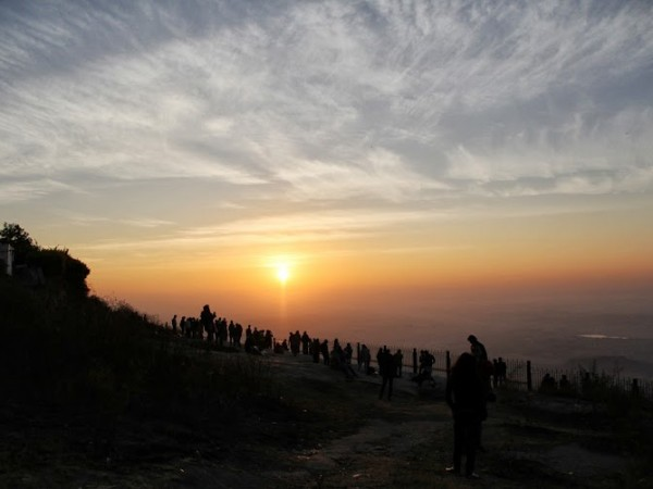 Nandi Hills photos, Visitors thronging at the edge of the hill to view the mesmerising sunrise
