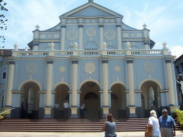 Mangalore photos, St. Aloysius Chapel - Outer view