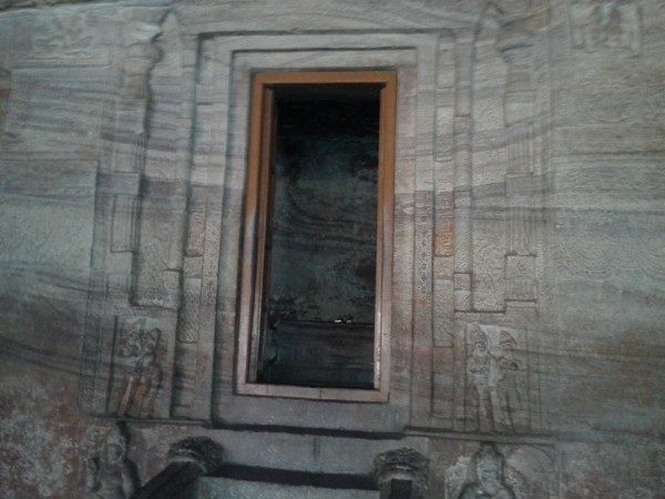 Badami photos, Door