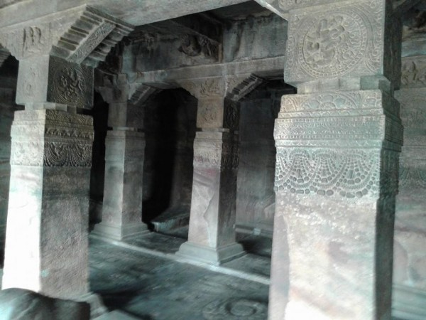 Badami photos, Stone pillars