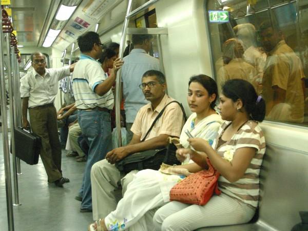 Delhi photos, Delhi Metro - Metro Rail-1