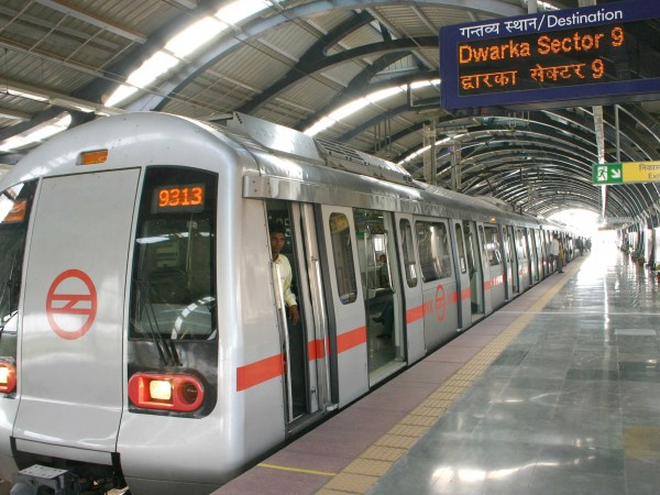 Delhi photos, Delhi Metro - Metro Rail-3
