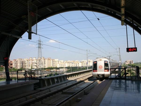 Delhi photos, Delhi Metro - Metro Rail-4