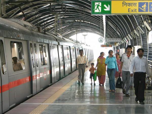Delhi photos, Delhi Metro - Metro Rail-7