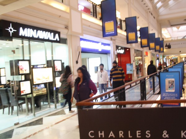 Delhi photos, Shopping in Delhi - DLF-Promenade Mall-11