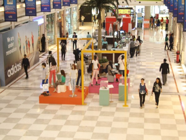 Delhi photos, Shopping in Delhi - DLF-Promenade Mall-12