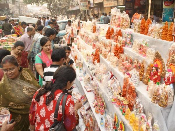 Delhi photos, Shopping in Delhi - Old Delhi-Festival Market