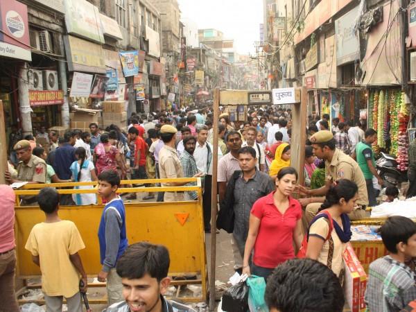 Delhi photos, Shopping in Delhi - Old Delhi-Festival Market-4