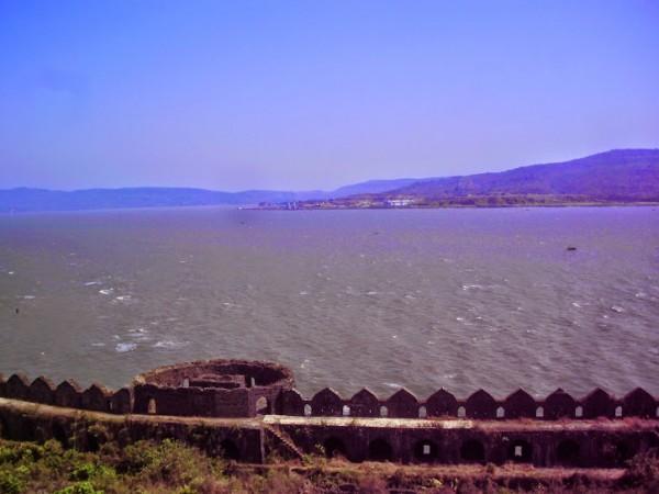 Murud Janjira photos, Janjira Fort - Beach View