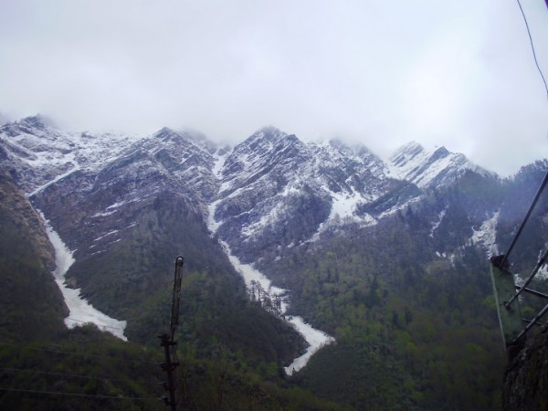 Yamunotri photos, A Distance Mountain View