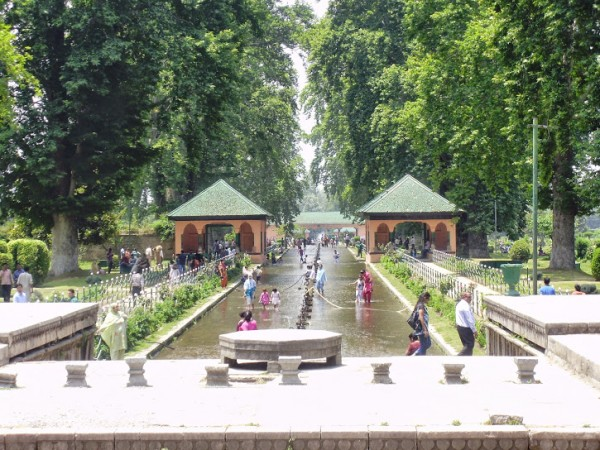 Srinagar photos, Shalimar Gardens - A beautiful Gardens View