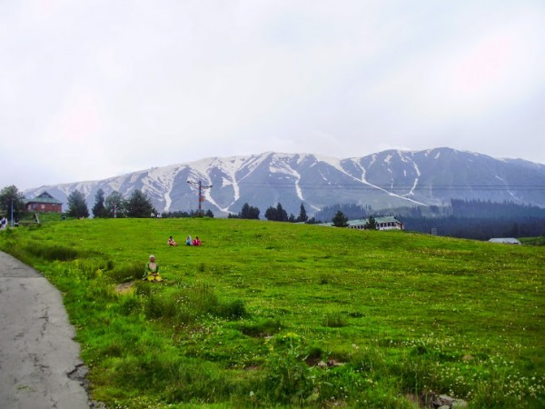 Gulmarg photos, Side view of the Snow Peak
