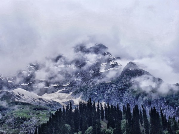 Sonamarg photos, Clouds Peak