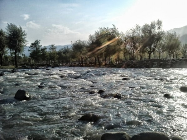 Pahalgam photos, Aru - Beautiful River View
