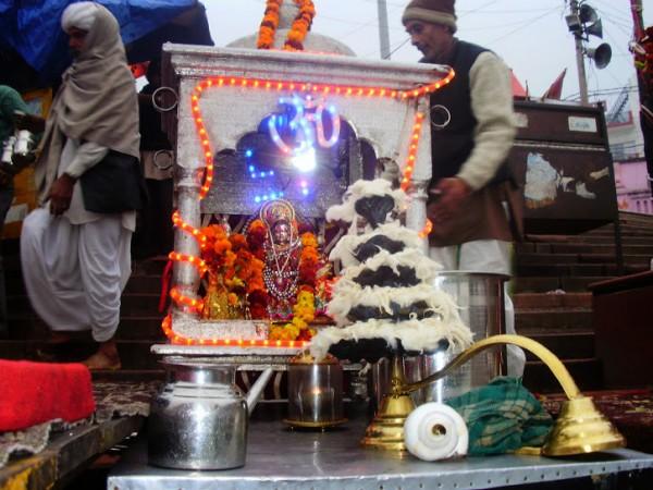 Haridwar photos, Maya Devi Temple - Devi Puja
