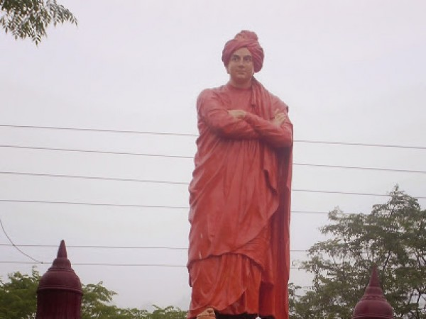 Rishikesh photos, Vivekanand Statue