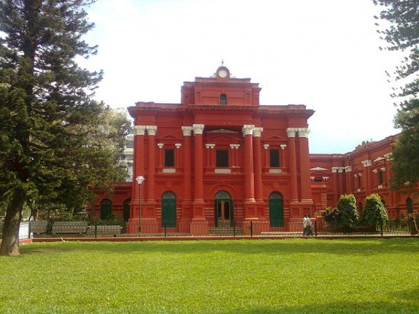 Bangalore photos, Government Museum - 640px-Government_Museum_Banglore_305