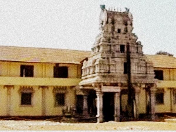 Byndoor photos, Seneshwara Temple - S1