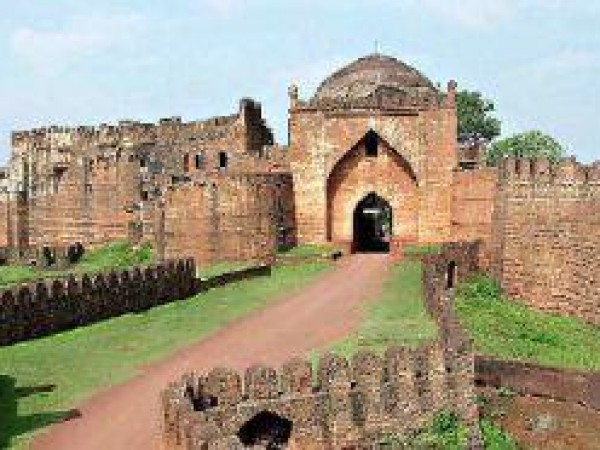 Bidar photos, Entrance to Bidar Fort