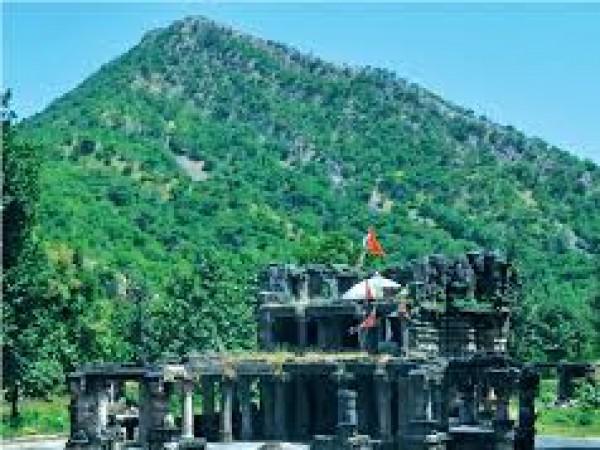Ahmedabad photos, Polo Monument and Vijaynagar Forest - Monumnet