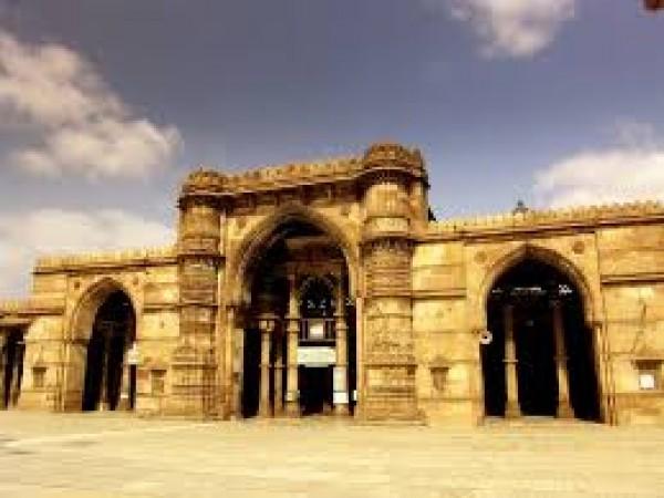 Ahmedabad photos, Badshah no Hajiro - badshah