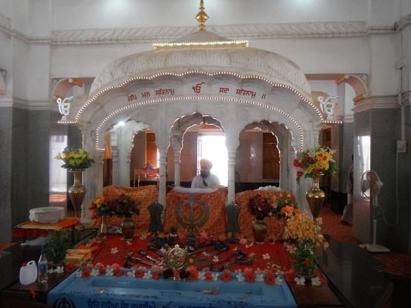 Bidar photos, Gurudwara Nanak Jhira Sahib - Inside the gurudwara
