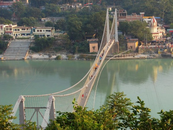 Rishikesh photos, Ram Jhoola - Ramjhula_-_bridge_over_the_Ganga