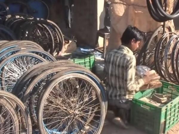 Ahmedabad photos, Ravivar Market - Ravivari