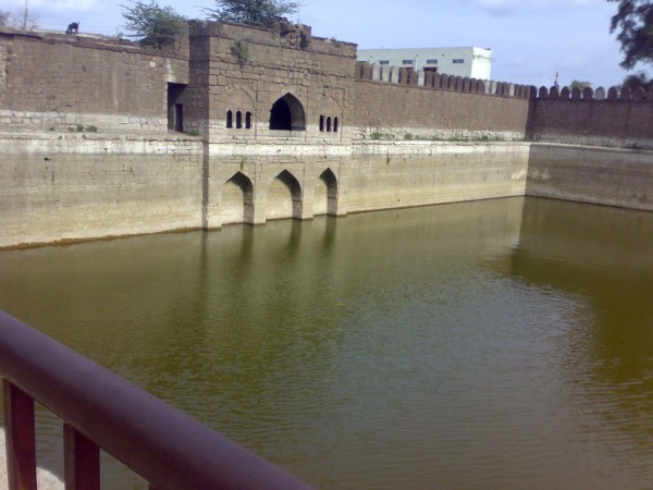 Bijapur photos, Taj Bawadi - TAJ_BAWDI,_BIJAPUR_04