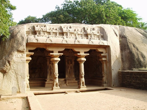 Mahabalipuram photos, Varaha Cave Temple - A View of the Cave