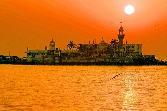 Mumbai photos, Haji Ali Mosque - Coloured by Nature