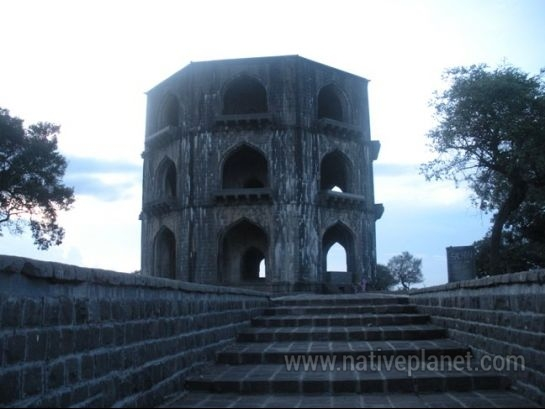Ahmednagar photos, Salabat Khan's Tomb